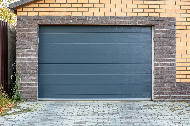 mieszkanie z garażem